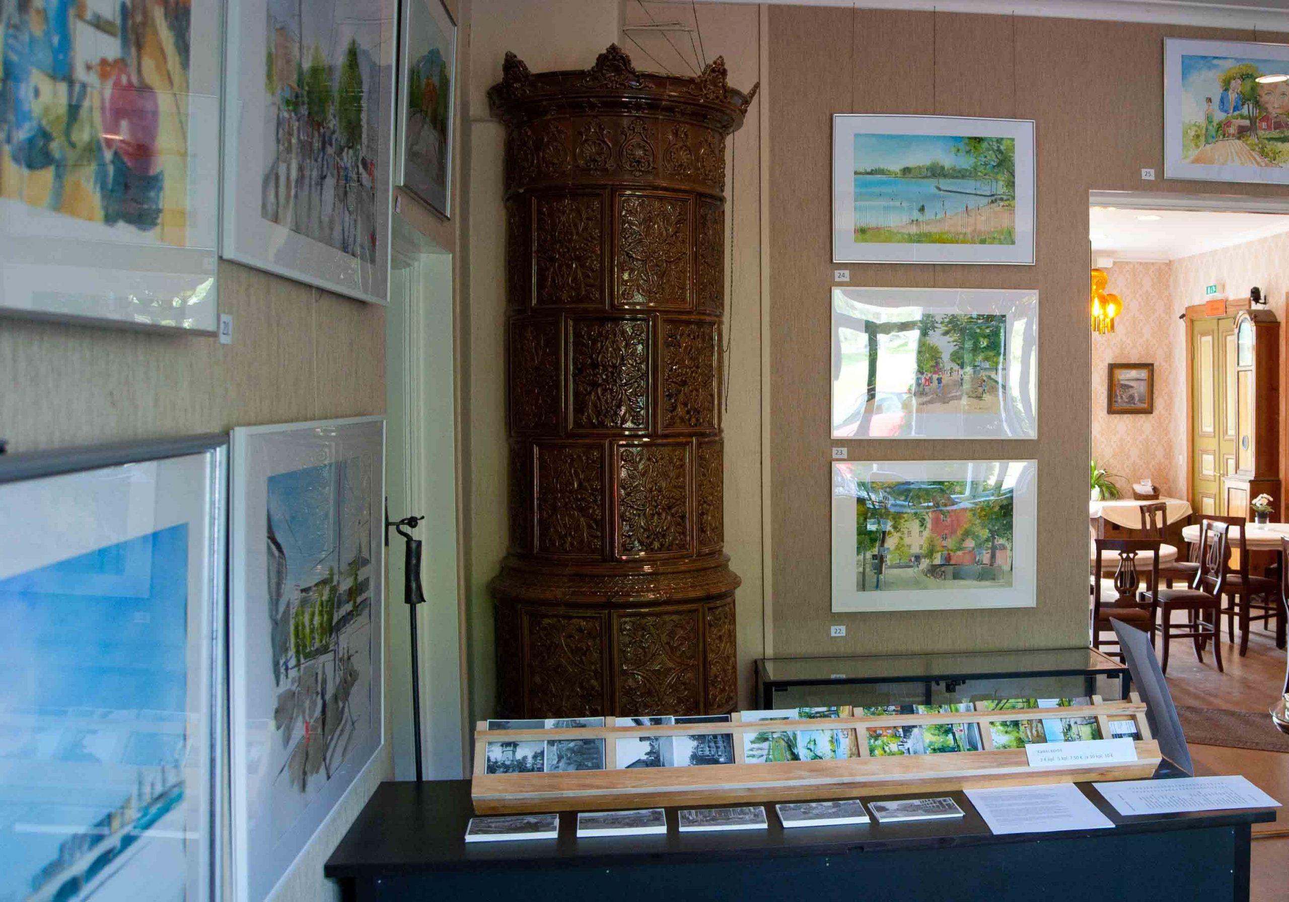 Uusi taidepostikorttisarja myynnissä Taidekeskus Järvilinnassa