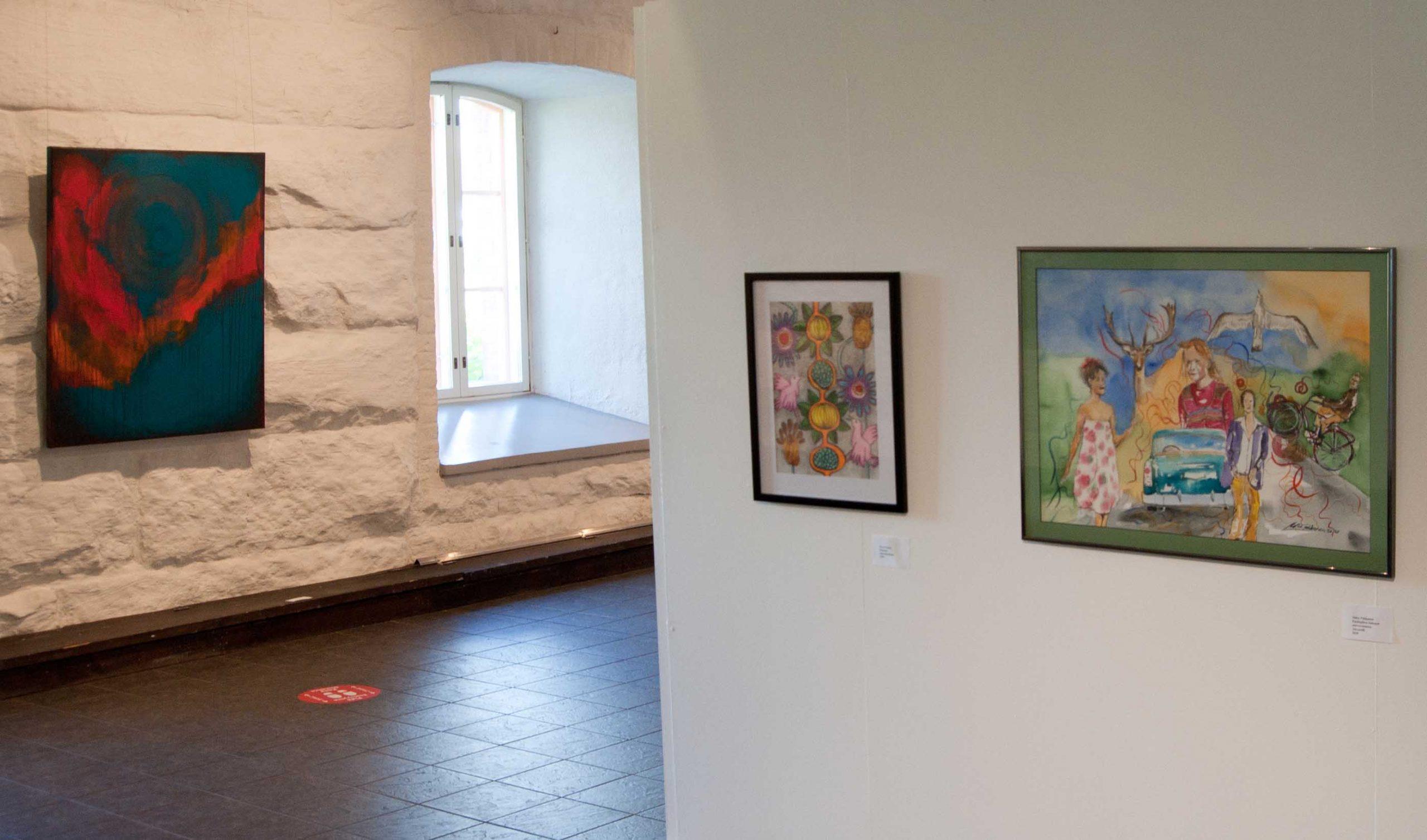 Keuruun museossa 10.7-29.8.2020 Keuruun taiteilijaseuran 55. vuosinäyttely kuraattorina toimi Kuvataiteilija Pirjeta Brander